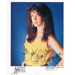 KATHY MATTEA 8×10 Photo Autographed Signed
